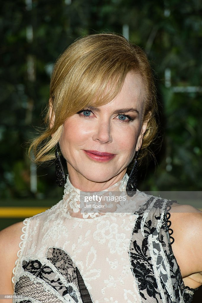 <a gi-track='captionPersonalityLinkClicked' href=/galleries/search?phrase=Nicole+Kidman&family=editorial&specificpeople=156404 ng-click='$event.stopPropagation()'>Nicole Kidman</a> attends the Evening Standard Theatre Awards at The Old Vic Theatre on November 22, 2015 in London, England.