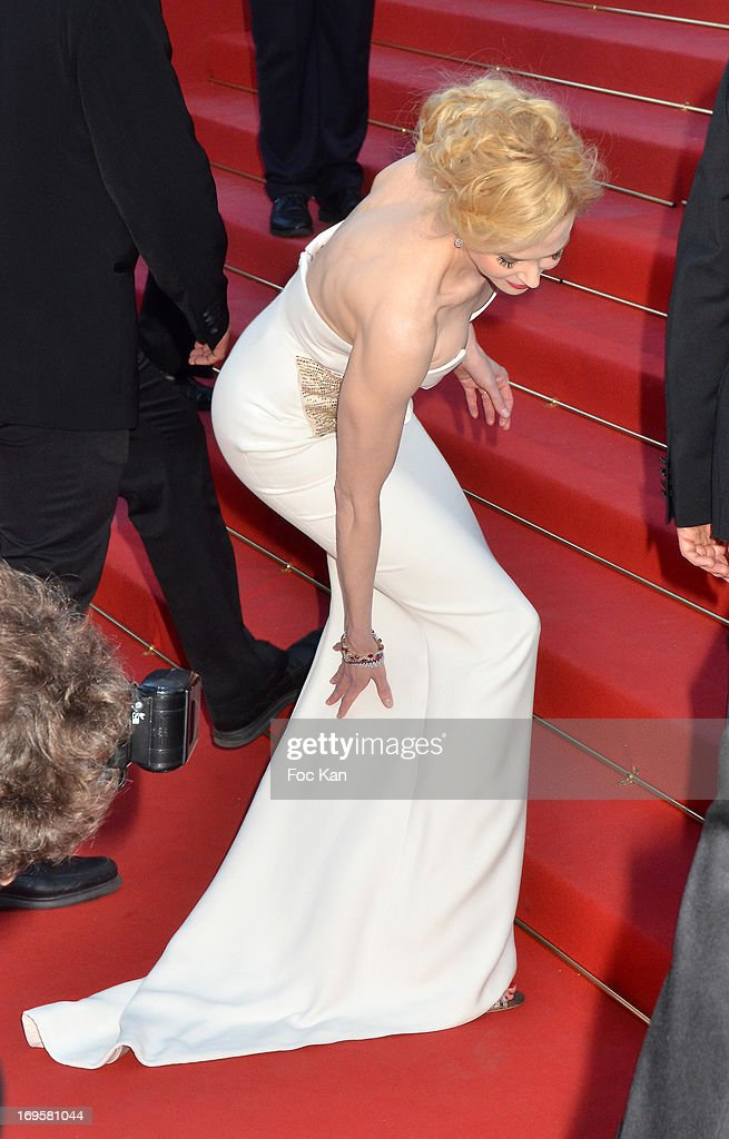 Nicole Kidman attends the Premiere of 'Zulu' and the Closing Ceremony of The 66th Annual Cannes Film Festival at Palais des Festivals on May 26, 2013 in Cannes, France.
