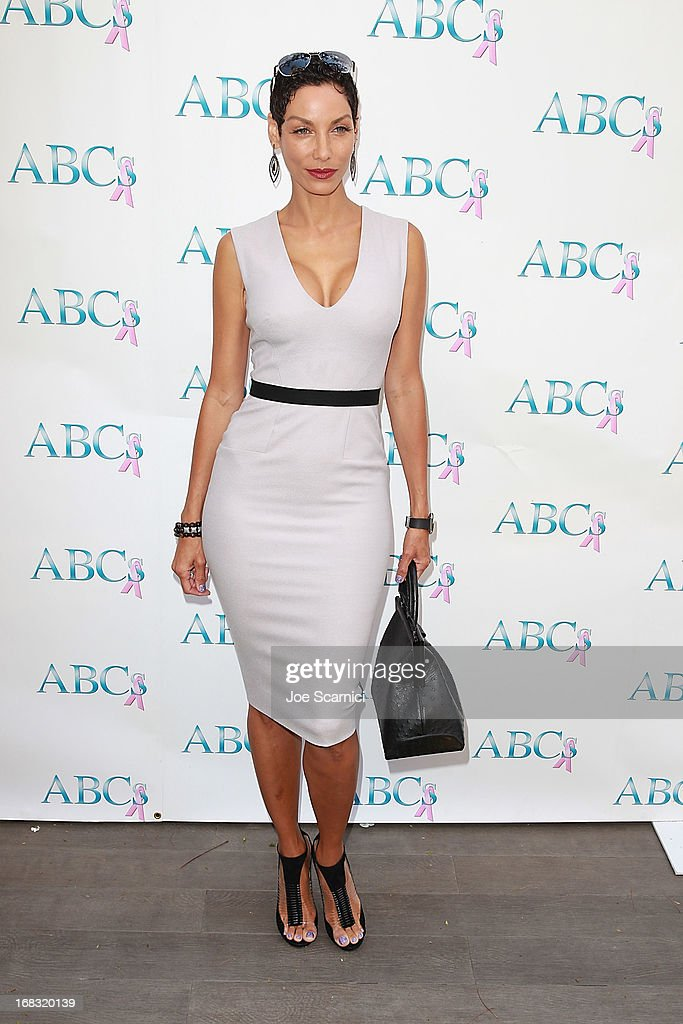 Nicole Murphy arrives at ABC's Mother's Day luncheon at Four Seasons hotel Los Angeles at Beverly Hills on May 8, 2013 in Beverly Hills, California.