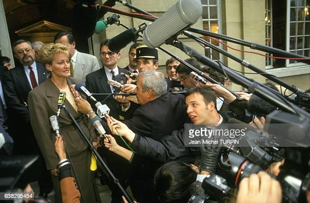 Nicole Notat secrétaire générale de la CFDT lors des consultations sur le Gatt à Matignon avec les représentaux syndicaux et patronaux le 18...