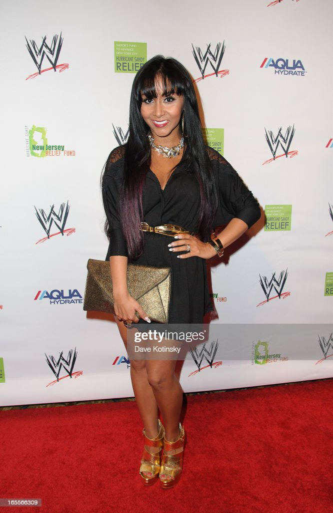 <a gi-track='captionPersonalityLinkClicked' href=/galleries/search?phrase=Nicole+Polizzi&family=editorial&specificpeople=6586259 ng-click='$event.stopPropagation()'>Nicole Polizzi</a> attends the Superstars For Sandy Relief at Cipriani Wall Street on April 4, 2013 in New York City.