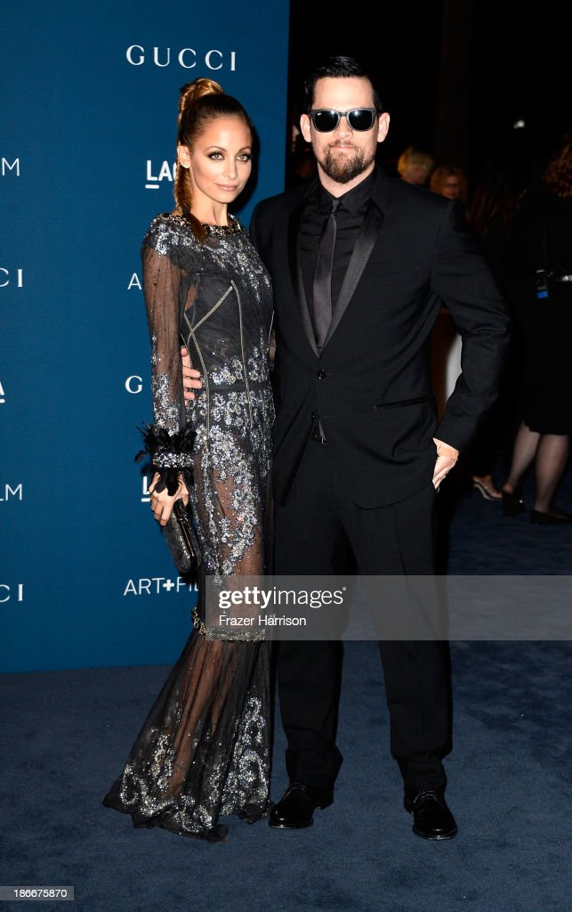 <a gi-track='captionPersonalityLinkClicked' href=/galleries/search?phrase=Nicole+Richie&family=editorial&specificpeople=201646 ng-click='$event.stopPropagation()'>Nicole Richie</a> and musician <a gi-track='captionPersonalityLinkClicked' href=/galleries/search?phrase=Joel+Madden&family=editorial&specificpeople=202933 ng-click='$event.stopPropagation()'>Joel Madden</a> arrives at the LACMA 2013 Art + Film Gala on November 2, 2013 in Los Angeles, California.