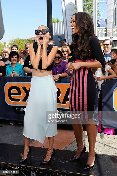 Nicole Richie and Tracey Edmonds visit 'Extra' at Universal Studios Hollywood on October 8 2014 in Universal City California