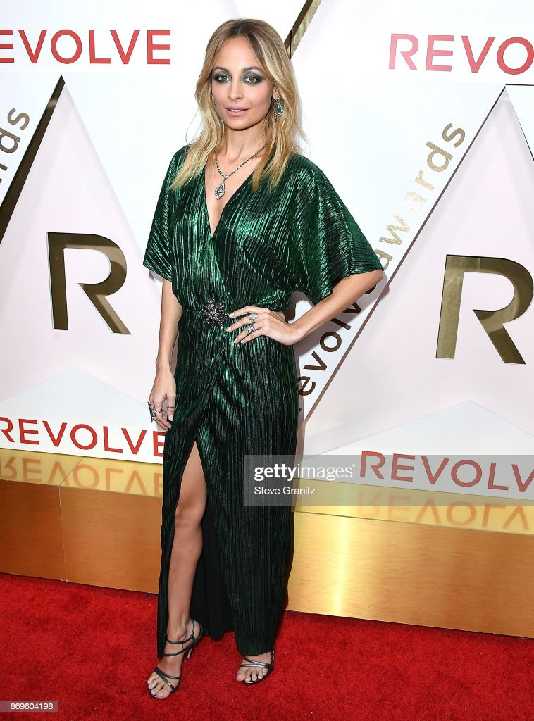 Nicole Richie arrives at the #REVOLVEawards at DREAM Hollywood on November 2, 2017 in Hollywood, California.