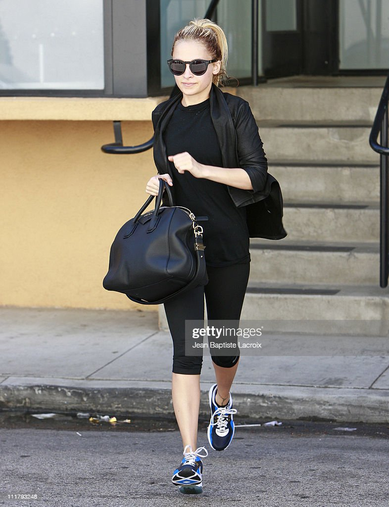 <a gi-track='captionPersonalityLinkClicked' href=/galleries/search?phrase=Nicole+Richie&family=editorial&specificpeople=201646 ng-click='$event.stopPropagation()'>Nicole Richie</a> is seen at the gym on April 5, 2011 in Los Angeles, California.