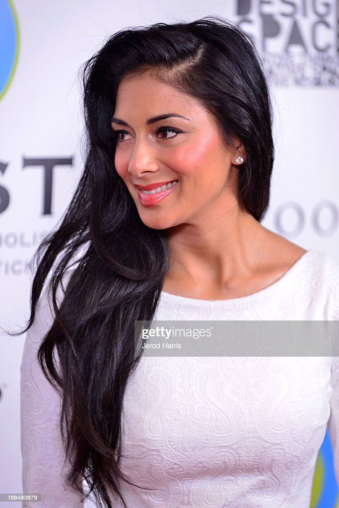 <a gi-track='captionPersonalityLinkClicked' href=/galleries/search?phrase=Nicole+Scherzinger&family=editorial&specificpeople=678971 ng-click='$event.stopPropagation()'>Nicole Scherzinger</a> arrives at the Coalition To Abolish Slavery and Trafficking's 15th Annual From Slavery to Freedom gala at the Sofitel Hotel on May 9, 2013 in Los Angeles, California.