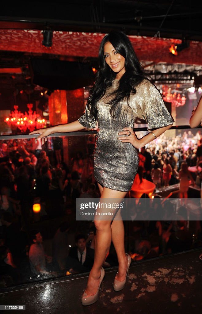 <a gi-track='captionPersonalityLinkClicked' href=/galleries/search?phrase=Nicole+Scherzinger&family=editorial&specificpeople=678971 ng-click='$event.stopPropagation()'>Nicole Scherzinger</a> celebrates her birthday at TAO Nightclub at the Venetian on June 25, 2011 in Las Vegas, Nevada.