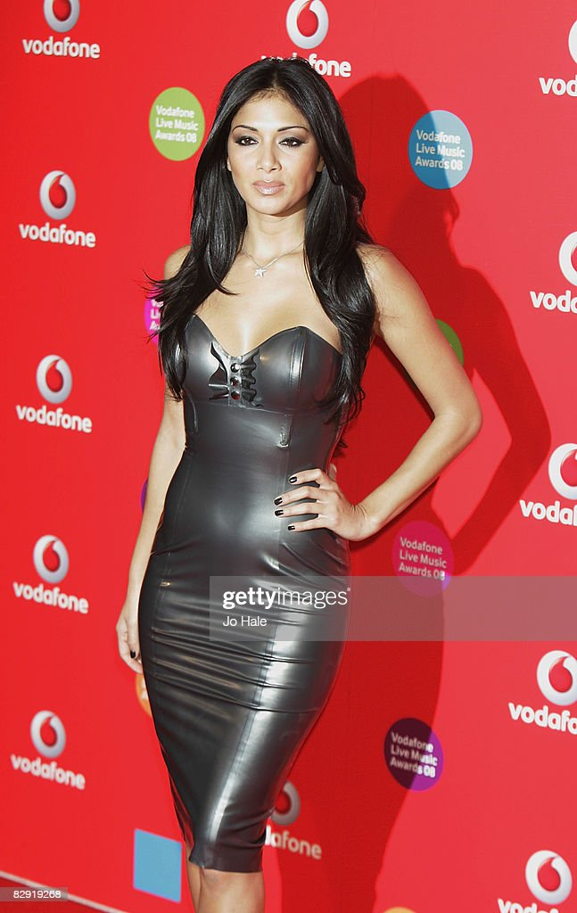 Nicole Scherzinger of The Pussycat Dolls arrives at The Vodafone Live Music Awards on September 18 2008 in London England