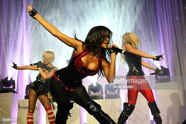 Nicole Scherzinger of the Pussycat Dolls performs at the Conde Nast 'Fashion Rocks' preparty at Mansion on September 4 2008 in New York City
