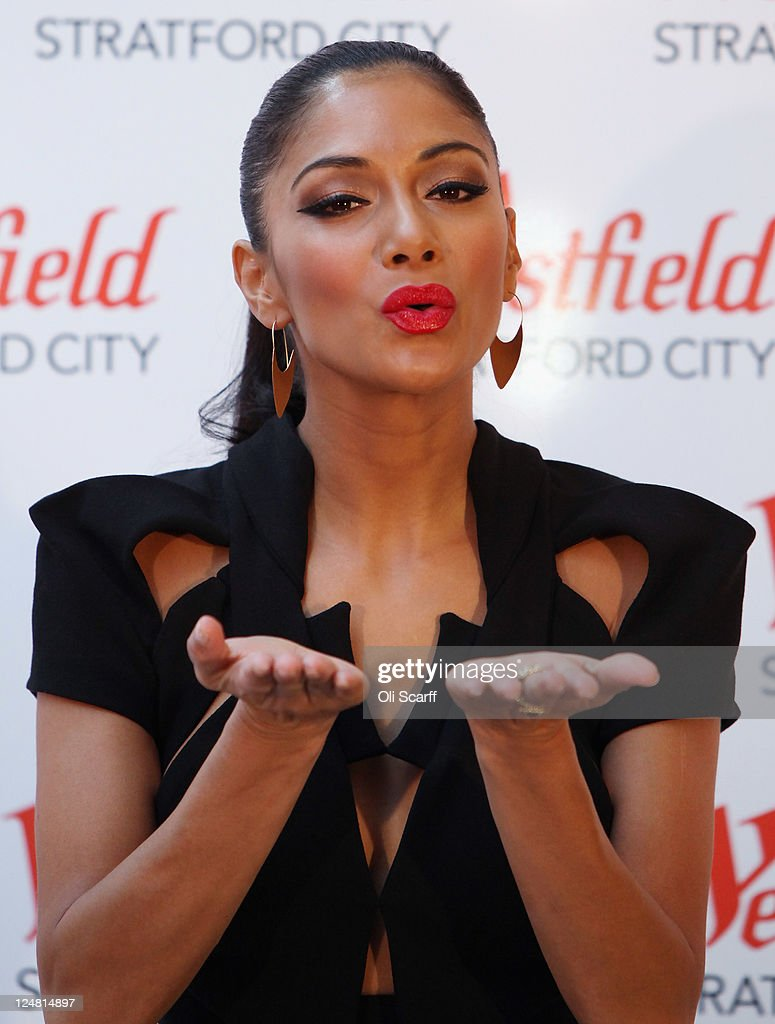 <a gi-track='captionPersonalityLinkClicked' href=/galleries/search?phrase=Nicole+Scherzinger&family=editorial&specificpeople=678971 ng-click='$event.stopPropagation()'>Nicole Scherzinger</a> poses before performing at the launch of the Westfield Stratford City shopping centre on September 13, 2011 in London, England. The new Westfield mall is the largest urban shopping centre in Europe covering 1.9million sq ft, it contains over 300 shops, 70 restaurants, a bowling alley, a 17-screen cinema, three hotels and the UK's largest casino..