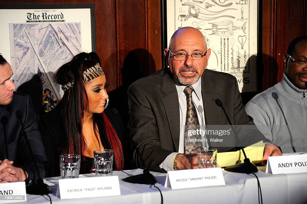 Nicole 'Snooki' Polizzi and her father Andy Polizzi attend the Team Snooki Boxing press conference at McFadden's Saloon on January 12, 2012 in New York City.
