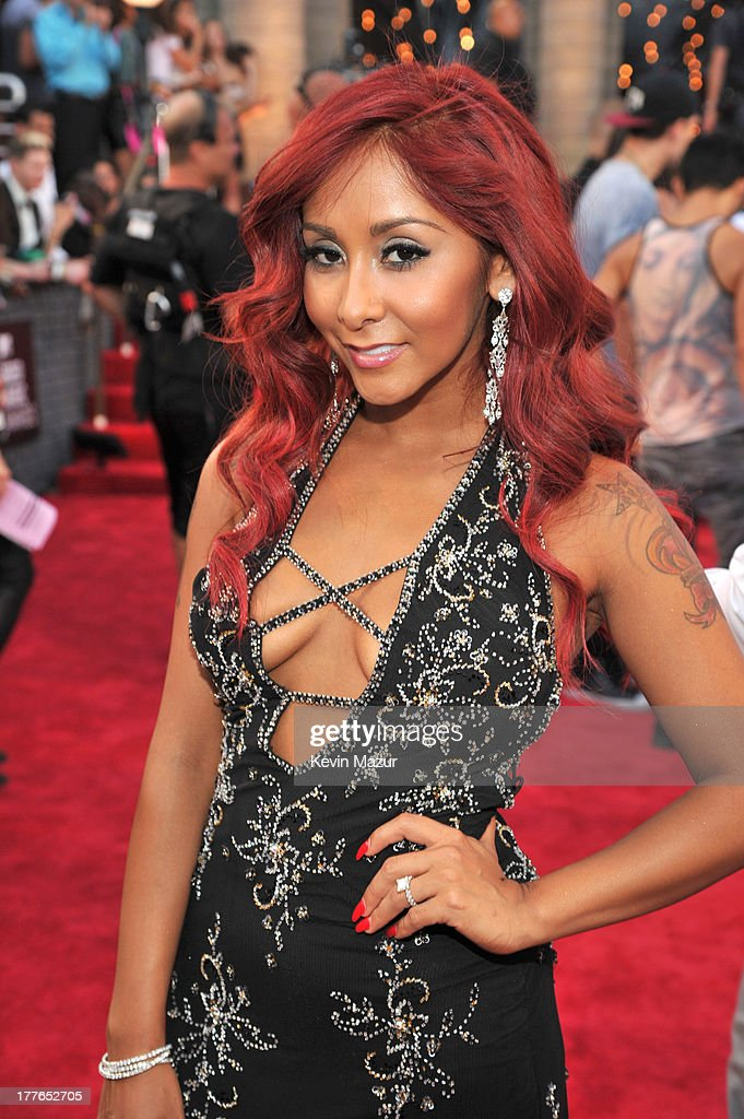 Nicole 'Snooki' Polizzi (Detail: NYC Glitz dress) attends the 2013 MTV Video Music Awards at the Barclays Center on August 25, 2013 in the Brooklyn borough of New York City.
