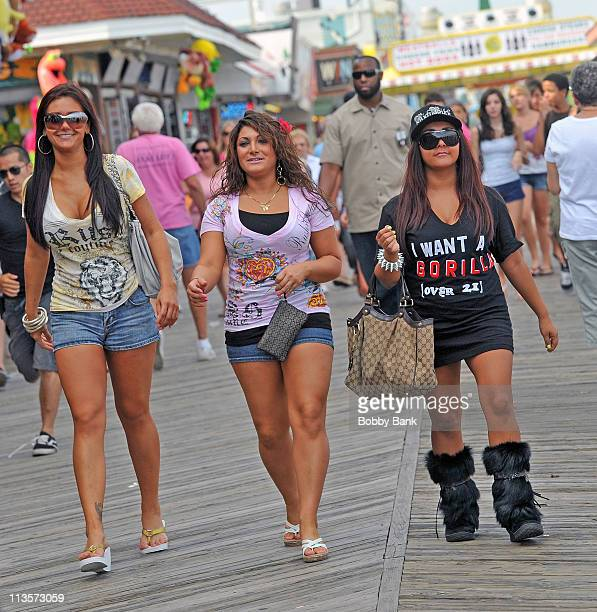 Nicole 'Snooki' Polizzi Deena Cortese and Sammi 'Sweetheart' Giancola on location for 'Jersey Shore' on August 26 2010 in Seaside Heights New Jersey
