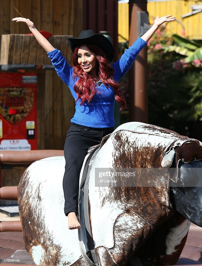 Nicole 'Snooki' Polizzi is seen on February 19, 2014 in Los Angeles, California.