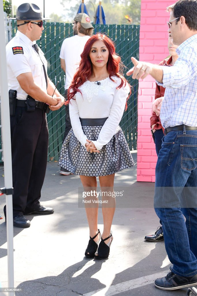 Nicole 'Snooki' Polizzi visits 'Extra' at Universal Studios Hollywood on February 19, 2014 in Universal City, California.