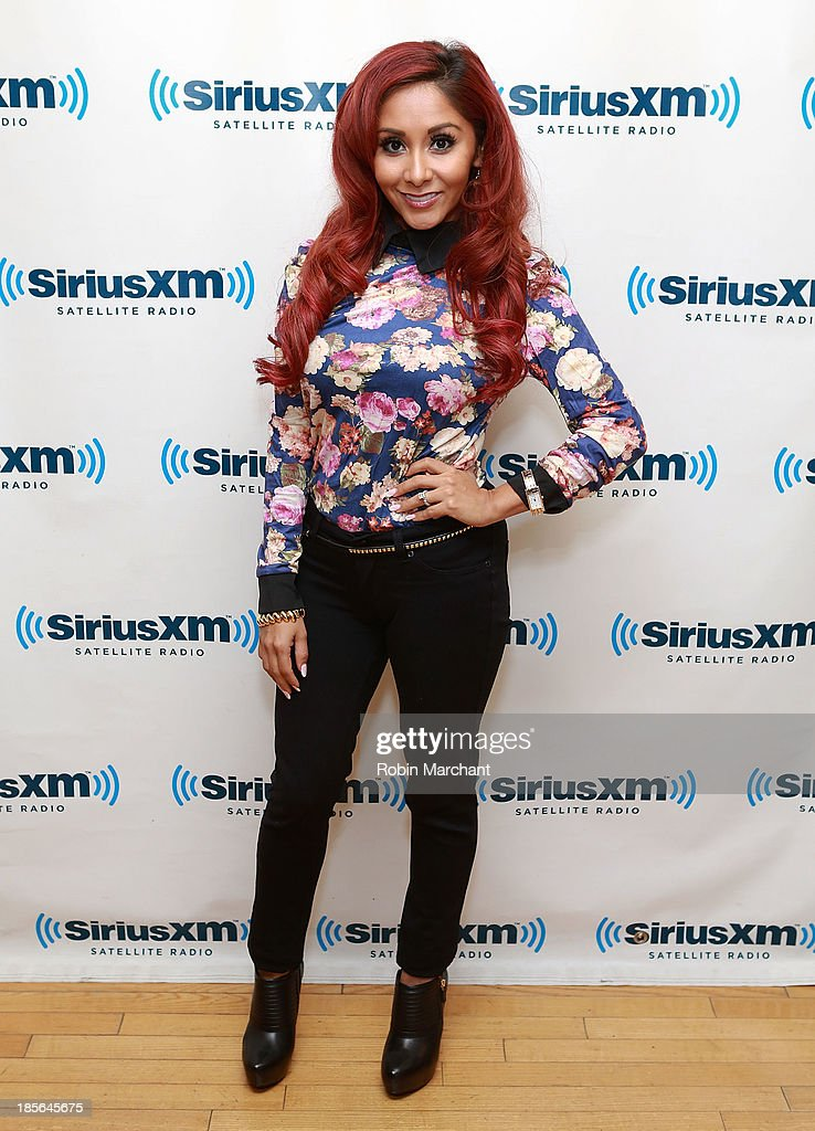 Nicole 'Snooki' Polizzi visits SiriusXM Studios on October 23, 2013 in New York City.