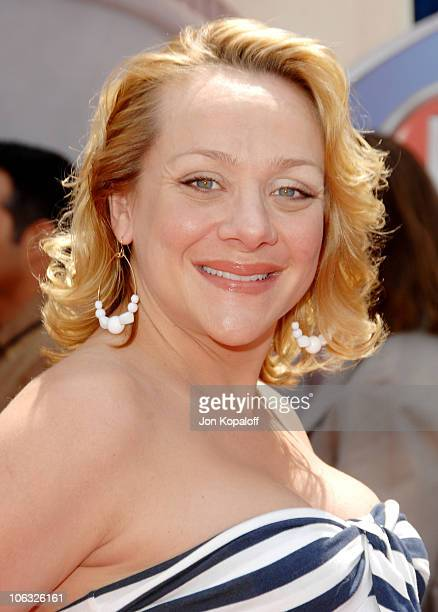 Nicole Sullivan during 'Meet The Robinsons' Los Angeles Premiere Arrivals at El Capitan Theater in Hollywood California United States
