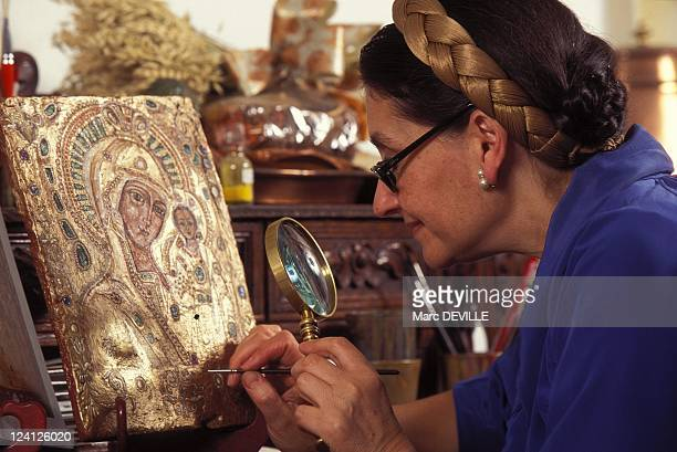 Nicole Wolkowski Icons Painter In Saulx Les Chartreux France On September 30 1995 Painting the icon of Kazan's God's Mother