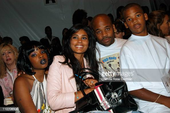 Nicole Wray Rachel Roy Damon Dash and guest during Olympus Fashion Week Spring 2005 Fusha Front Row and Backstage at The Bryant Bryant Park in New...