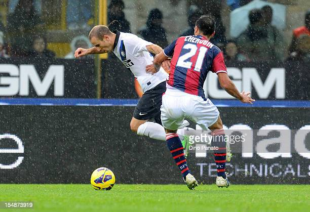Nicolo' Cherubin of Bologna FC competes with Rodrigo Palacio of FC Internazionale Milano during the Serie A match between Bologna FC and FC...