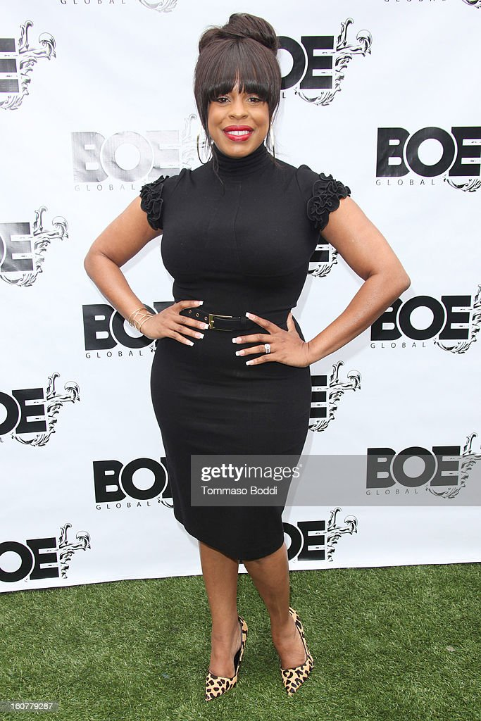 <a gi-track='captionPersonalityLinkClicked' href=/galleries/search?phrase=Niecy+Nash&family=editorial&specificpeople=228464 ng-click='$event.stopPropagation()'>Niecy Nash</a> attends the 1st Annual Grammy Producers Brunch honoring Rodney Jerkins held at Xen Lounge on February 5, 2013 in Los Angeles, California.