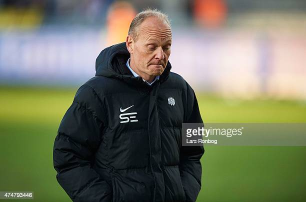 Niels Frederiksen head coach of Esbjerg FB looks dejected after the Danish Alka Superliga match between AaB Aalborg and Esbjerg fB at Nordjyske Arena...