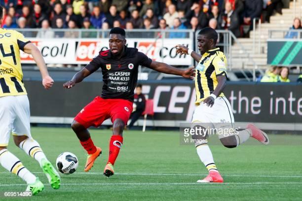 Nigel Hasselbaink of Excelsior Marvelous Nakamba of Vitesseduring the Dutch Eredivisie match between sbv Excelsior Rotterdam and Vitesse Arnhem at...