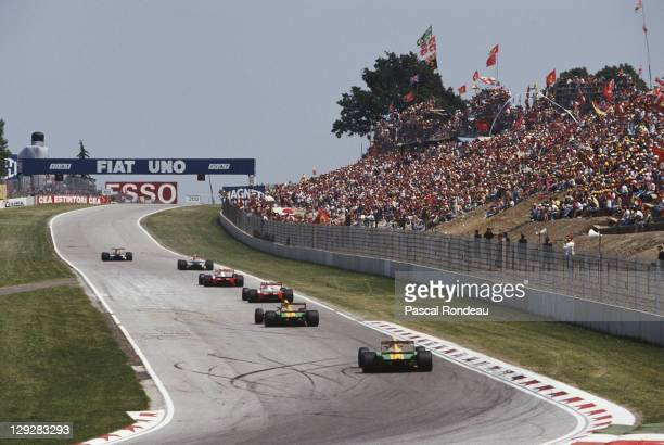 Nigel Mansell driving the Canon Williams Renault Williams FW14B Renault 35 V10 takes the lead during the San Marino Grand Prix on 17th May 1992 at...
