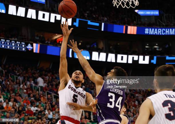 Nigel WilliamsGoss of Gonzaga shoots the ball over Sanjay Lumpkin of Northwestern during the 2017 NCAA Men's Basketball Tournament held at Vivint...