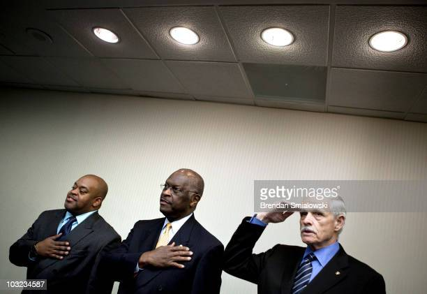 Niger Innis National Spokesman for the Congress of Racial Equality and CoChairman of the Affordable Power Alliance talk show host Herman Cain and Jim...