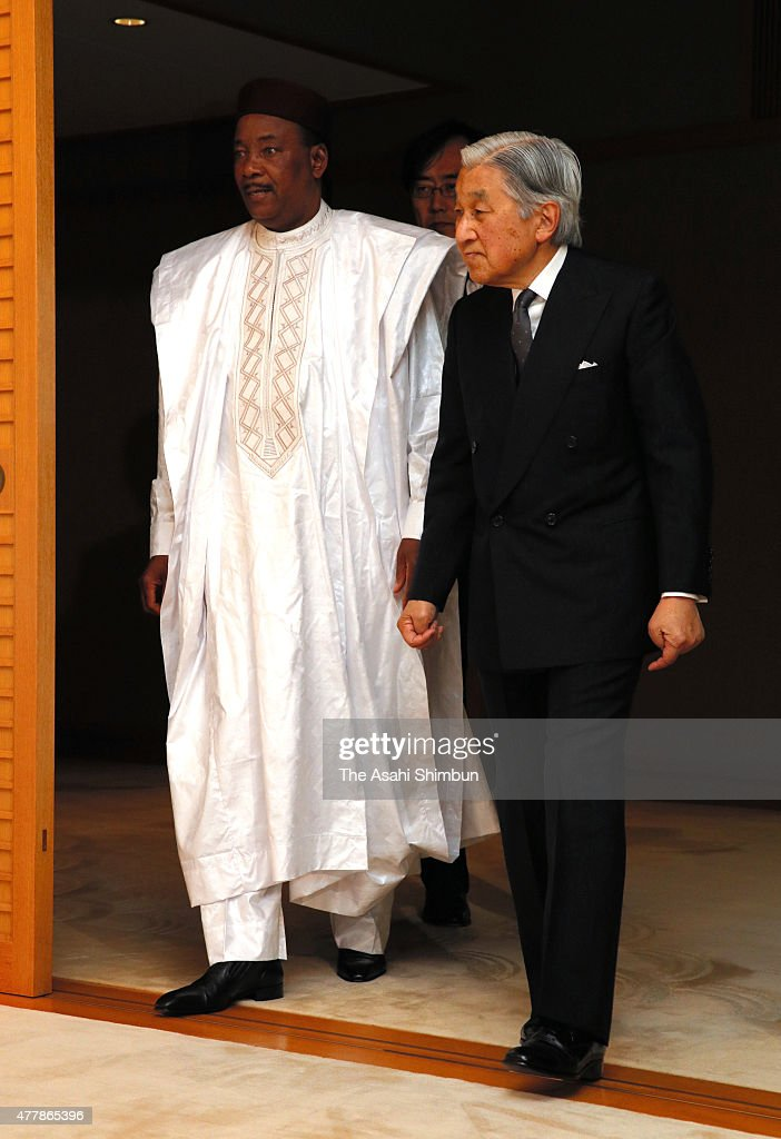 Niger President <a gi-track='captionPersonalityLinkClicked' href=/galleries/search?phrase=Mahamadou+Issoufou&family=editorial&specificpeople=2329822 ng-click='$event.stopPropagation()'>Mahamadou Issoufou</a> (L) is seen of by <a gi-track='captionPersonalityLinkClicked' href=/galleries/search?phrase=Emperor+Akihito&family=editorial&specificpeople=14011468 ng-click='$event.stopPropagation()'>Emperor Akihito</a> (R) after their meeting at the Imperial Palace on June 19, 2015 in Tokyo, Japan. Issoufou is on 4-day tour to Japan.