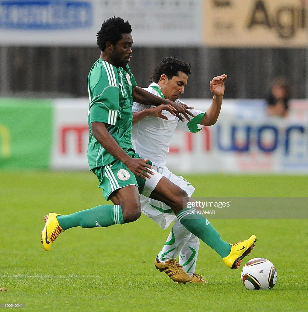 Nigeria's Yusuf Mohamed and Saudi's Ahmen Ibrahim Ateef fight for the ball during their friendly match between Saudi Arabia and Nigeria in Alpen stadium in Tyrolian Wattens on May 25, 2010 prior to the FIFA World Cup 2010 hosted by South Africa.i