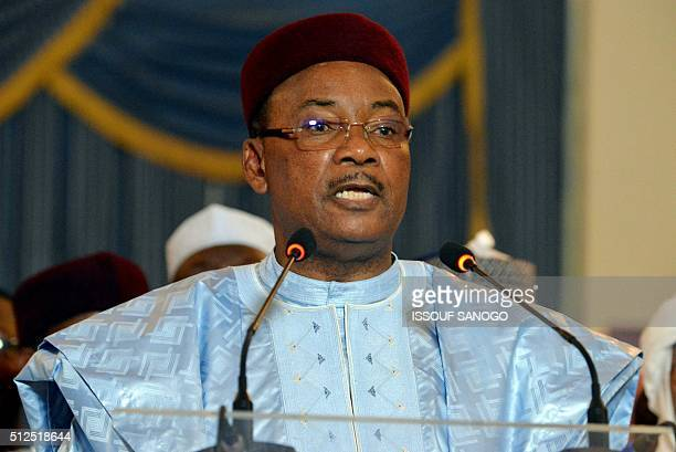 Niger's incumbent president Mahamadou Issoufou delivers a speech at the presidential palace in Niamey on February 26 2016 Niger's President Mahamadou...