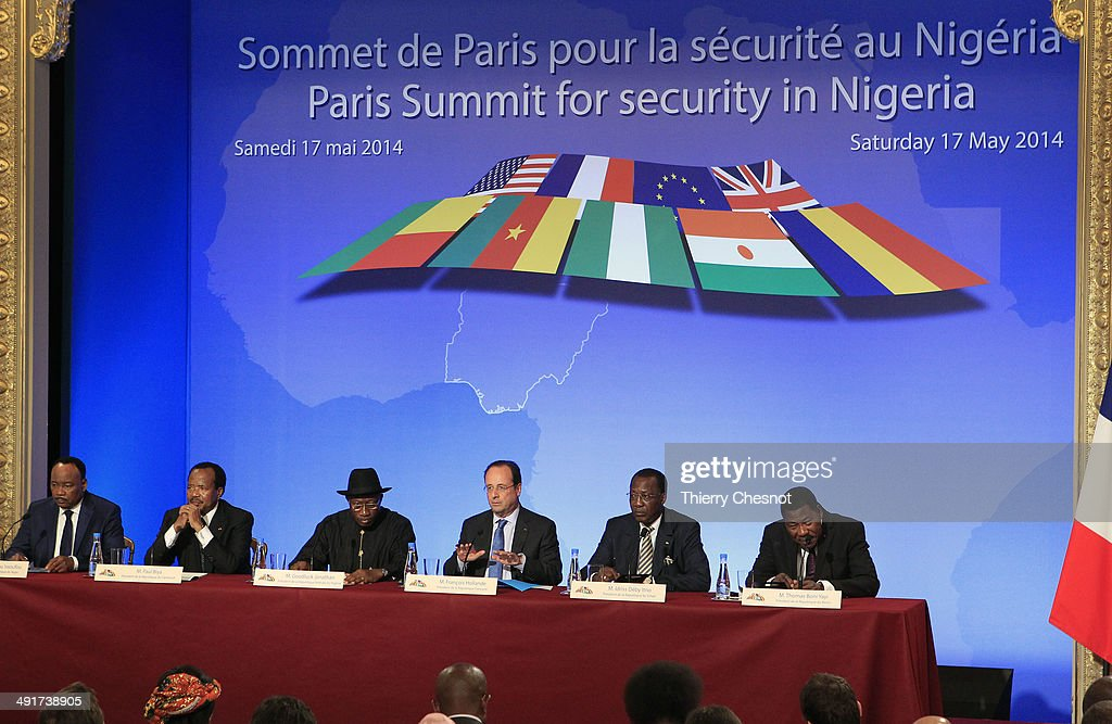 Niger's president Mahamadou Issoufou, Cameroon's president Paul Biya, Nigeria's president Goodluck Jonathan, French president Francois Hollande, Chad's president Idriss Deby Itno and Benin's president Thomas Boni Yayi attend a joint press conference at the end of the Paris Summit for security in Nigeria, Saturday, May 17, 2014, at the Elysee Palace, in Paris, France.This African security summit is hold to discuss the Boko Haram threat to regional stability.