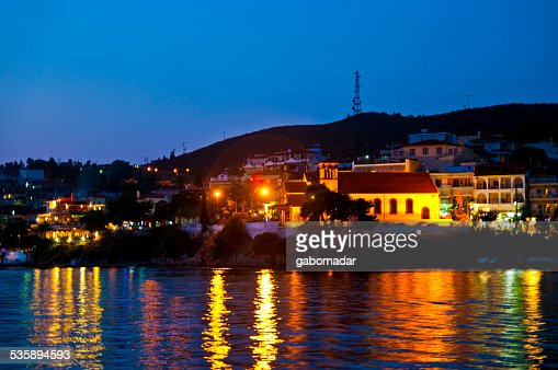 Night city scape in Neos Marmaras : Stock Photo