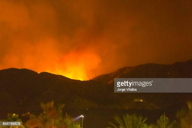 Night long exposure photograph of the La Tuna wildfire in Los Angeles, CA