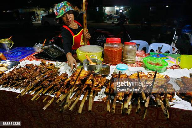 night street food, grilled meat