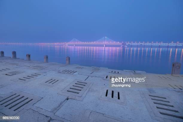 Night view of Dalian Xinghai Bay Bridge