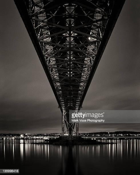 Night view of Forth Road bridge