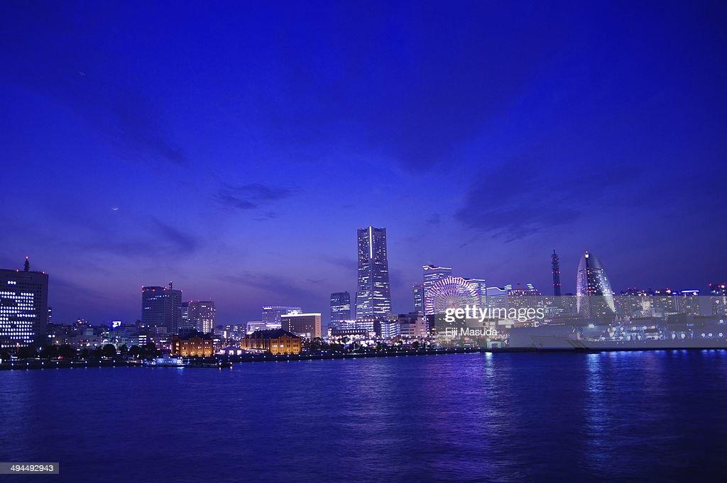 Night view of Minatomirai