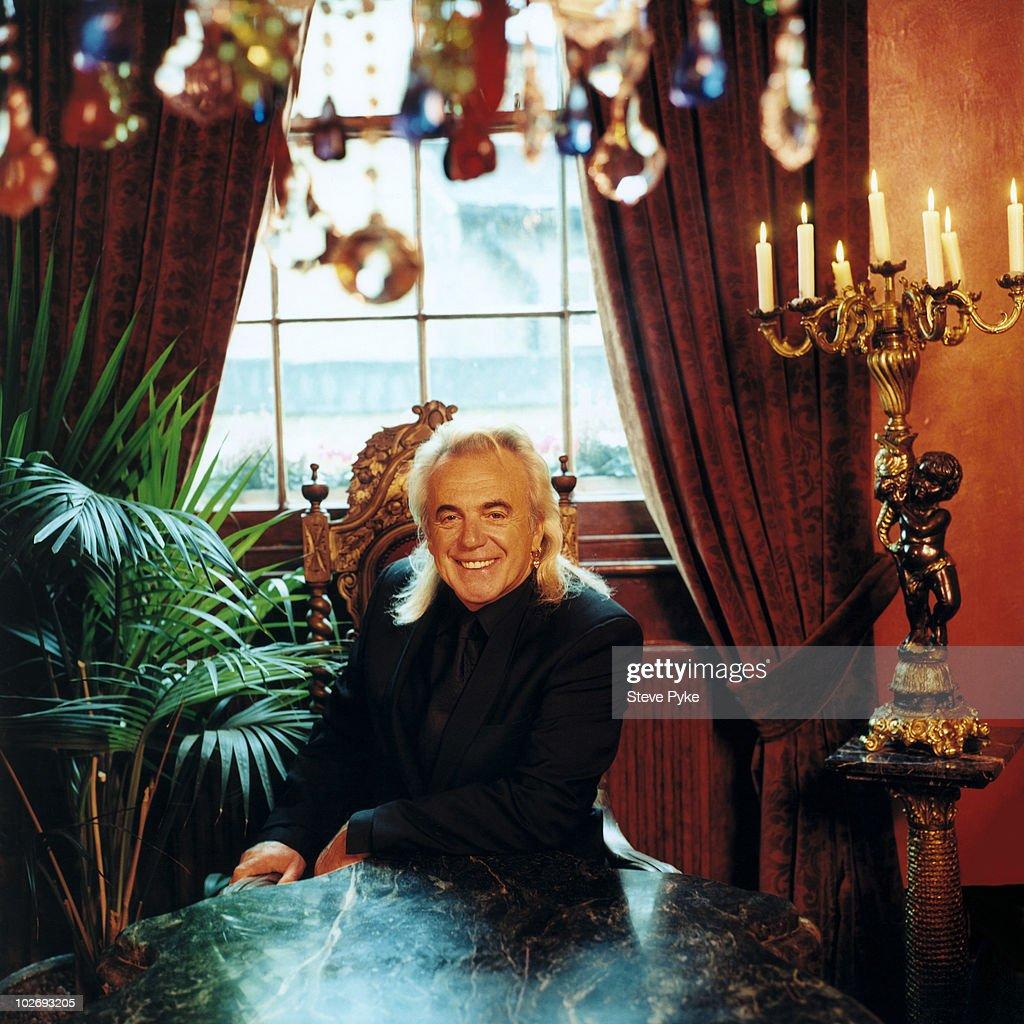 Peter Stringfellow, April 01, 2002