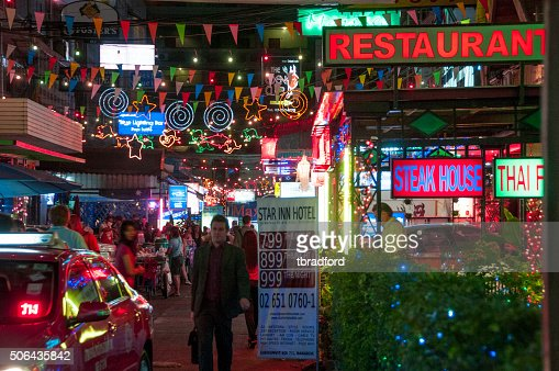 Nightlife In Sukhumvit Soi 7 In Bangkok, Thailand