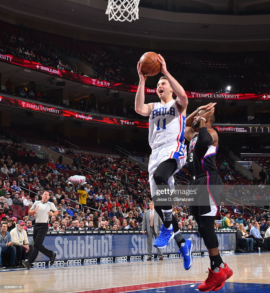 <a gi-track='captionPersonalityLinkClicked' href=/galleries/search?phrase=Nik+Stauskas&family=editorial&specificpeople=9920522 ng-click='$event.stopPropagation()'>Nik Stauskas</a> #11 of the Philadelphia 76ers goes up layup against the Los Angeles Clippers at Wells Fargo Center on February 8, 2016 in Philadelphia, Pennsylvania