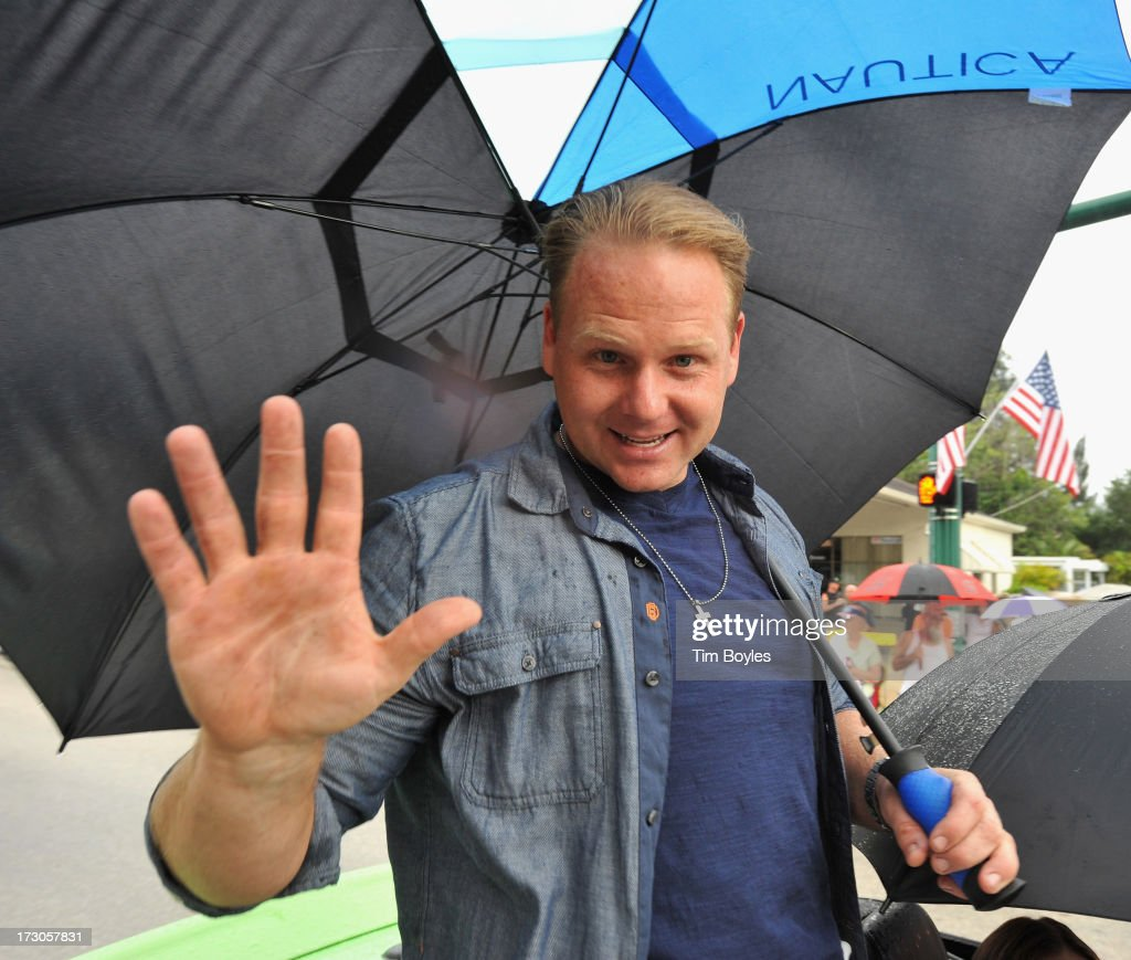 <a gi-track='captionPersonalityLinkClicked' href=/galleries/search?phrase=Nik+Wallenda&family=editorial&specificpeople=7696638 ng-click='$event.stopPropagation()'>Nik Wallenda</a> serves as the honorary grand marshal of the Suncoast Super Boat Grand Prix Festival Parade of Boats to welcome him home to Sarasota after completing a record-setting high wire walk over the Grand Canyon on July 5, 2013 in Sarasota, Florida.
