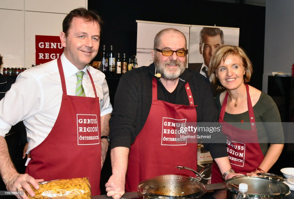 Niki Berlakovich, Erwin Steinhauer and Margareta Reichsthaler attend the cooking duel during the 3rd Cook & Look fair, a part of Vienna Holiday Fair, on January 10, 2013 in Vienna, Austria.