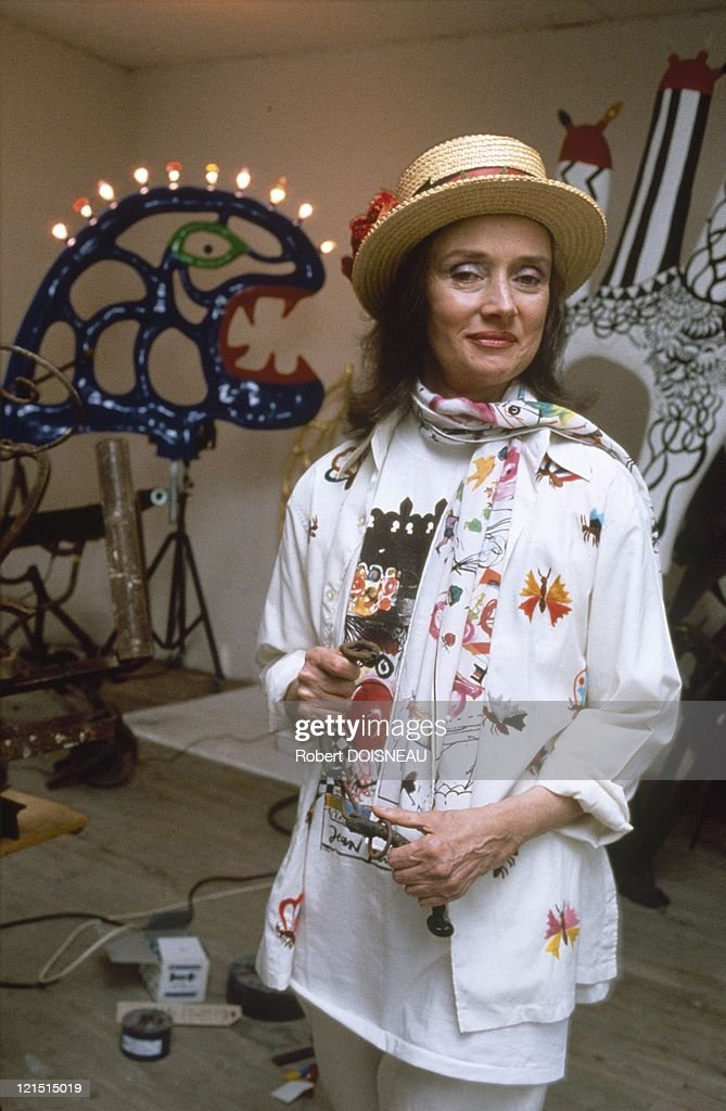 niki de saint phalle getty images. Black Bedroom Furniture Sets. Home Design Ideas