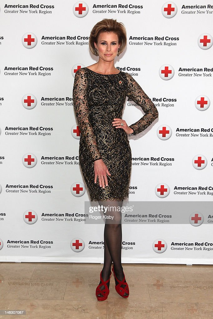 <a gi-track='captionPersonalityLinkClicked' href=/galleries/search?phrase=Niki+Taylor&family=editorial&specificpeople=208920 ng-click='$event.stopPropagation()'>Niki Taylor</a> attends the 2012 New York Red Cross Ball at The Plaza Hotel on June 13, 2012 in New York City.