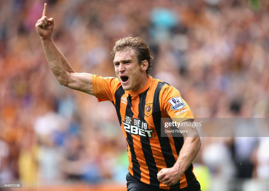 <a gi-track='captionPersonalityLinkClicked' href=/galleries/search?phrase=Nikica+Jelavic&family=editorial&specificpeople=5986831 ng-click='$event.stopPropagation()'>Nikica Jelavic</a> of Hull City celebrates after scoring the first goal during the Barclays Premier League match between Hull City and Stoke City at the KC Stadium on August 24, 2014 in Hull, England.