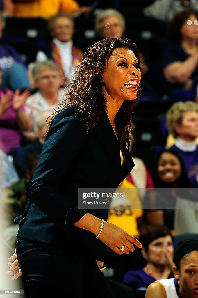Nikki Caldwell, head coach of the LSU Tigers, yells to her team during a game against the Tennessee Volunteers at the Pete Maravich Assembly Center on February 7, 2013 in Baton Rouge, Louisiana. Tennessee won the game 64-62.