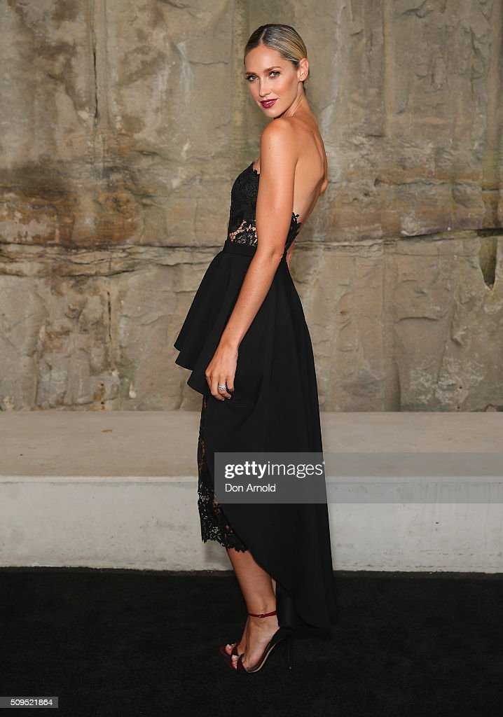 <a gi-track='captionPersonalityLinkClicked' href=/galleries/search?phrase=Nikki+Phillips&family=editorial&specificpeople=2253055 ng-click='$event.stopPropagation()'>Nikki Phillips</a> arrives ahead of the Myer AW16 Fashion Launch at Barangaroo Reserve on February 11, 2016 in Sydney, Australia.